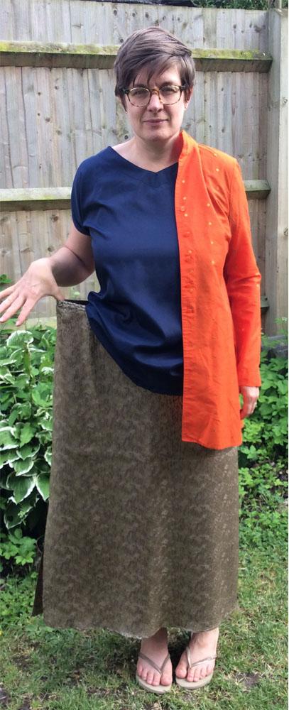 orangeshirt&goldskirt